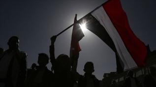 Yemen'de, BAE destekli Güney Geçiş Konseyi'ne 'Vekalet savaşına alet olmayın' çağrısı